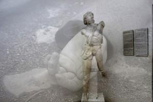 les-statues-meurent-aussi-007e-copia